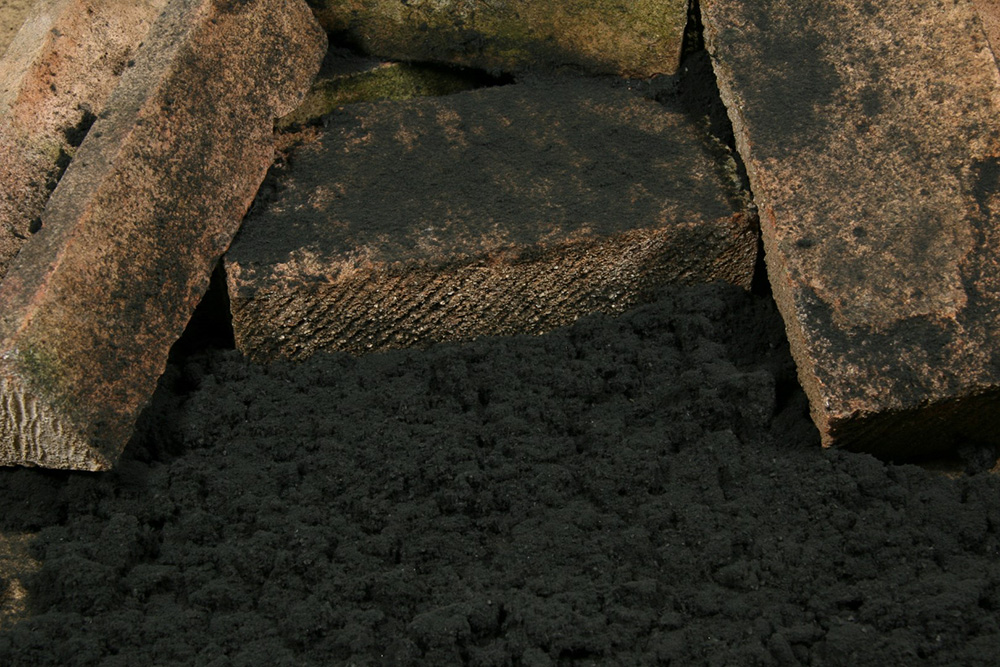 mustat-ja-harmaat-lumitukku-4